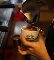 DaDa Cafe