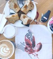 Gloria Jeans Cafe