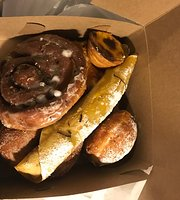 Lazar Deli & Bakery