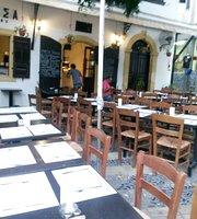 Piazza Tavern