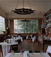 Restaurant & Bar - Bruxelles Royal Yacht Club