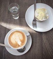 Esteva Cafe