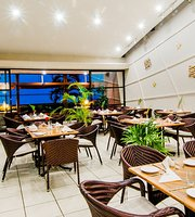 Fins Restaurant -Tanoa Waterfront Hotel
