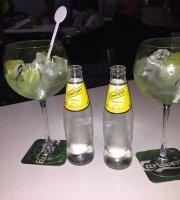 Quinito Cafetaria bar