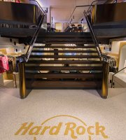 ‪Hard Rock Cafe Innsbruck‬