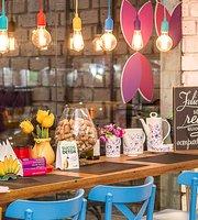 Aloha Cafe & Acai