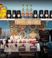 Mandhelo Café