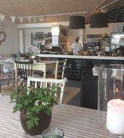 Cafe Tante Karla