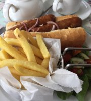 Buckland Lake Cafe & Tea Room