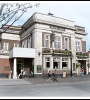 ‪The Royal Oak Pub‬