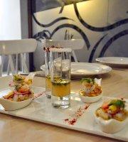 8X8 Cocina & Bar
