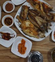 Gwangju Sashimi Restaurant