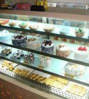 Nafees Bakery