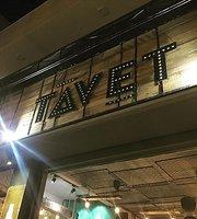 Ta Vet Coffee & Pub