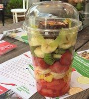 Nikki's Juice & Fruit