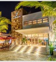 Coco Bambu Restaurant