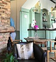 Chichester Inn