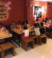 Hangout Cafe & Restro
