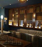 Opalo Gastro Pub