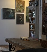 ‪The Muse Gallery & Café‬