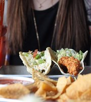 Tacos 4 Life Grill