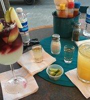 Acua Bar & Mar