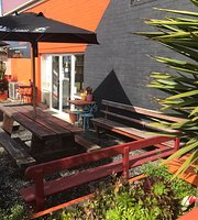 The Corner Garden Cafe And Bar