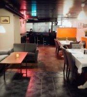 Glacier Restaurant