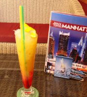 Manhattan Snack & Cocktail