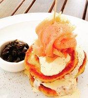 Forages Deli Cafe