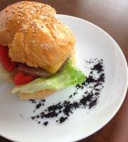 Dwarf Burger