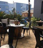 Side Street Cafe & Bar