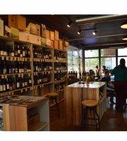 Tradewinds Cafe
