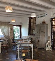 La Ciliegina Caffe & Cucina