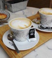 Prida Oviedo Cafe