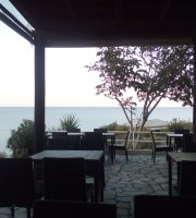 CARLAS Bar/Restaurant