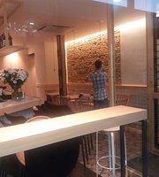 Café Bar Central