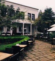 Trabzon Mimarlar Odasi Bahce Cafe & Restaurant