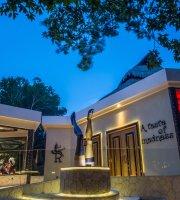 Rauxa Restaurant & Show