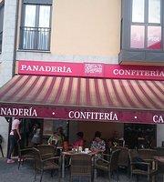 Panaderia Confiteria El Desquite