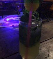 Dubai Hookah & Bar