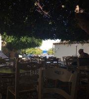 Cafe Neratzia
