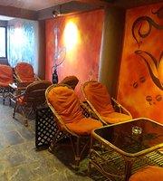 The Himalayan Cafe