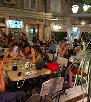Restaurant-pizzeria  SAMBRA