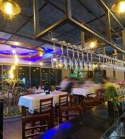 Amigo Restaurant & Sky Bar