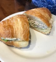 La Madeleine Bakery Cafe & Bistro