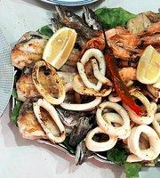 Samaka Fish & CHIPS