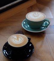 Paripari Cafe
