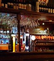 Titanic Pub