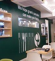 Cafe & Pancakes Gram, Kagoshima